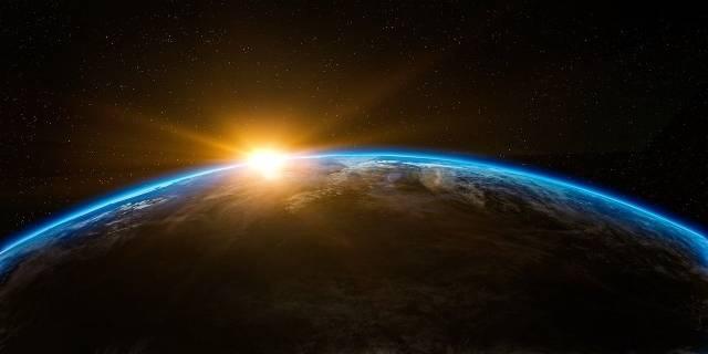 Gott erschuf die Welt mit Liebe und Weisheit