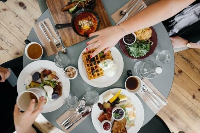 Durch das Essen werden Feste vom Alltag unterschieden.